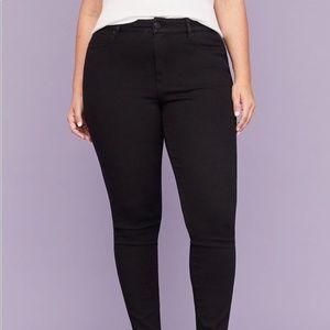 Lane Bryant black skinny jeans Women's size 26 NWT